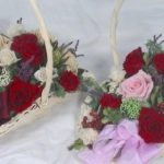 バラが大好きなので発色の綺麗な赤いバラを入れて
