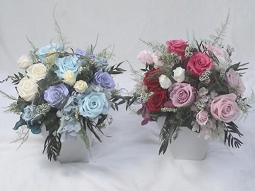 可愛く華やかに。と言うご希望で両家のお花をお作りしました